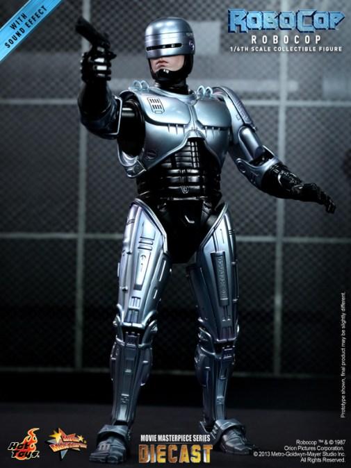 Hot Toys - RoboCop - RoboCop Collectible Figure_PR3