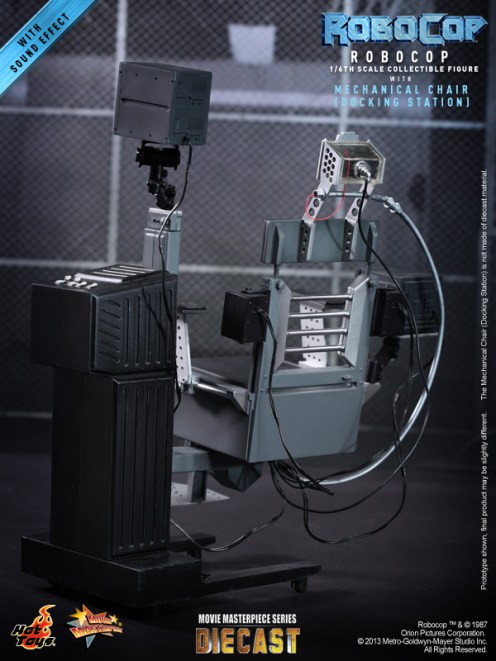 Hot Toys - RoboCop - RoboCop with Mechanical Chair (Docking Station)_PR10