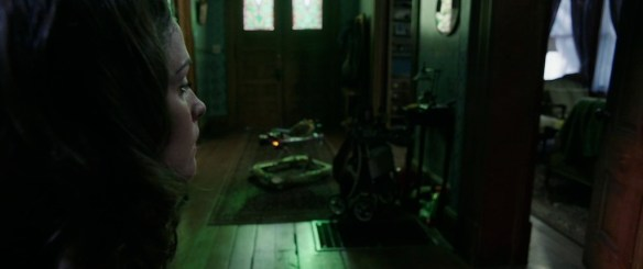 Insidious_Chapter_2_Trailer_Grab_4_6_4_13