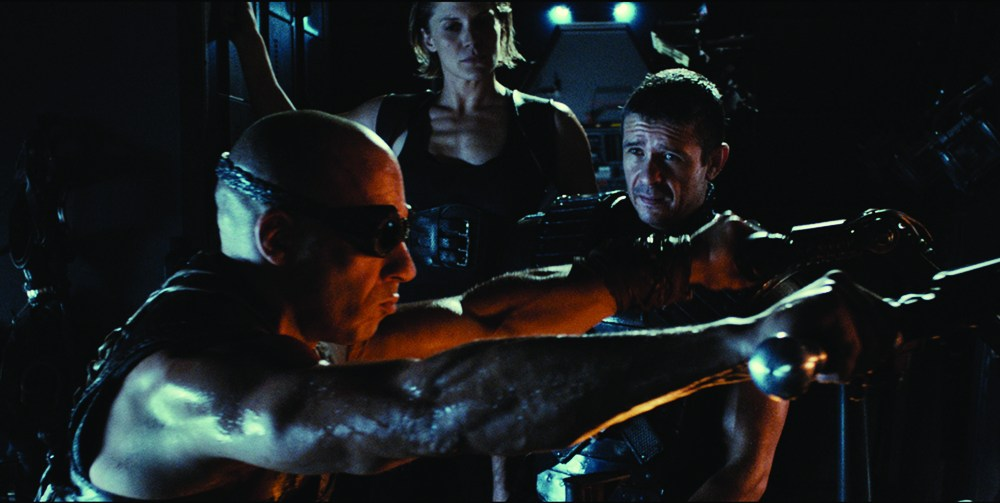Movie Review: Riddick (2013) (IMAX) - pacejmiller.com