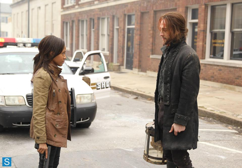 Sleepy Hollow – Episode 1.01 – Pilot – Full Set of Promotional Photos (3)_FULL