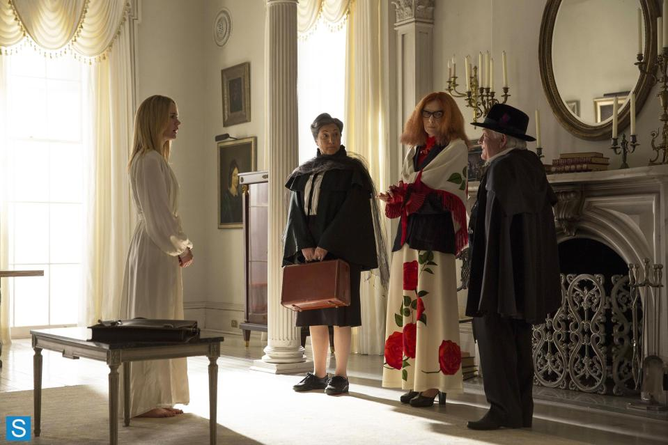 American Horror Story – Episode 3.04 – Fearful Pranks Ensue – Promotional Photos (2)_FULL