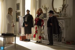 American Horror Story - Episode 3.04 - Fearful Pranks Ensue - Promotional Photos (3)_FULL