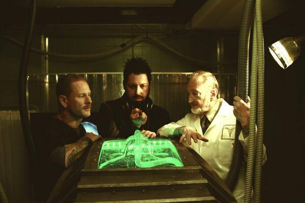 First Look Check Into The Fear Clinic With Robert Englund
