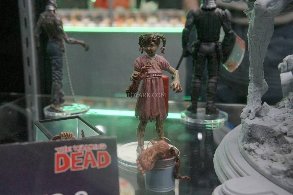 Toy-Fair-2014-McFarlane-Walking-Dead-014