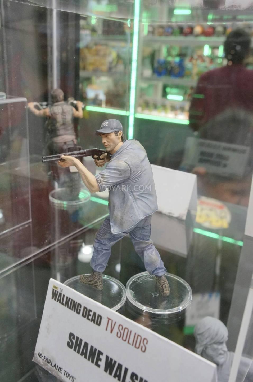 Toy-Fair-2014-McFarlane-Walking-Dead-048