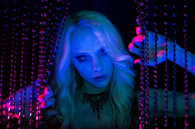 Elle Evans plays Amber in Scouts Guide to the Zombie Apocalypse from Paramount Pictures