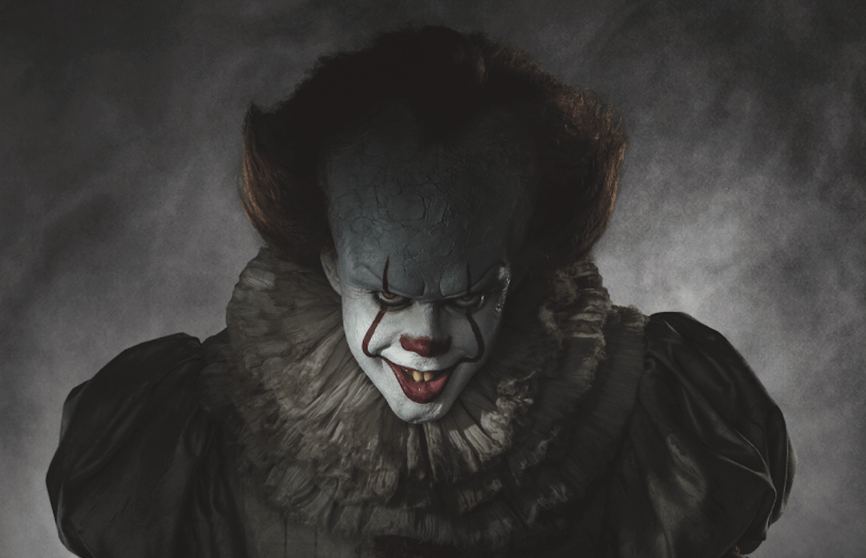 """'It': Here's """"Pennywise"""" in Full Clown Costume and He's Definitely Freaky! - Bloody Disgusting"""
