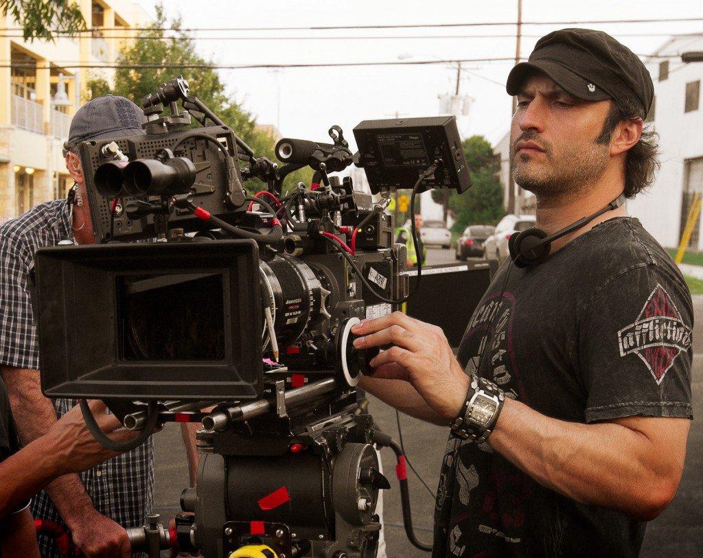 Alien Invaders Will Kidnap Earth's Superheroes in Robert Rodriguez's Netflix Film 'We Can Be Heroes' - Bloody Disgusting