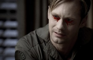 eric-alexander-skarsgard-grives-the-death-of-his-sister-in-the-latest-episode-of-true-blood