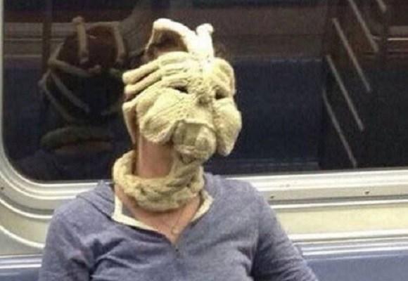 facehugger-mask