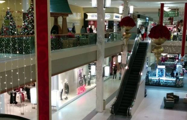 dawn-of-the-dead-mall