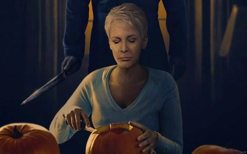 awesome halloween fan poster reunites laurie and michael