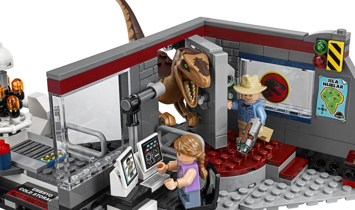 25th Anniversary Set Brings Iconic  Jurassic Park  Scene into LEGO         and the original classic turning 25 this year  the LEGO Group has this  week unleashed a handful of build it yourself sets inspired by the franchise