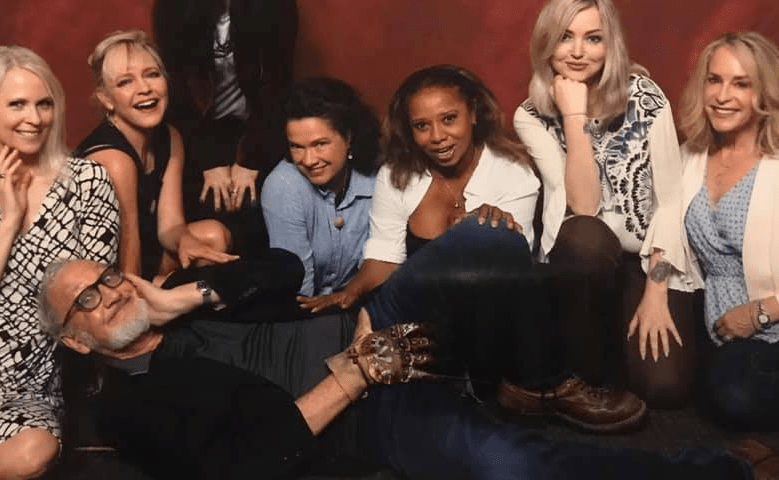 Robert Englund and the Ladies of 'Elm Street' Just Took a Great Photo Together at Flashback Weekend - Bloody Disgusting