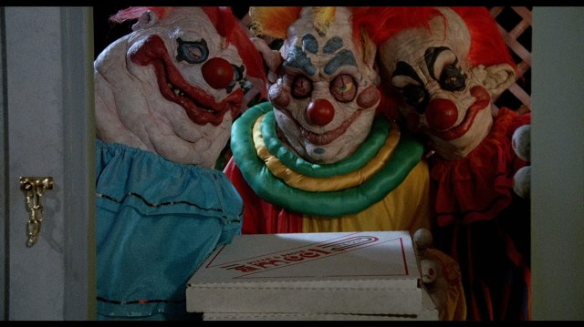 The 'Killer Klowns from Outer Space' Just Crash Landed on Netflix ...