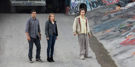 Cliff-Curtis-Kim-Dickens-Frank-Dillane-Fear-the-Walking-Dead-Pilot