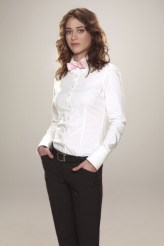 Lizzy Caplan as Zatanna