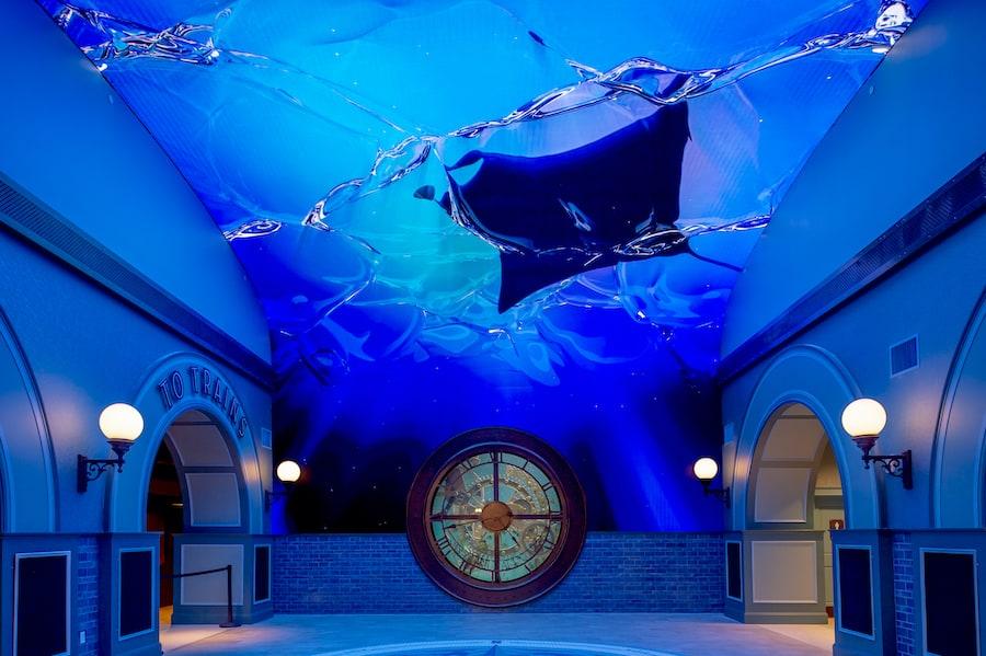 lobby of St. Louis Aquarium at Union Station