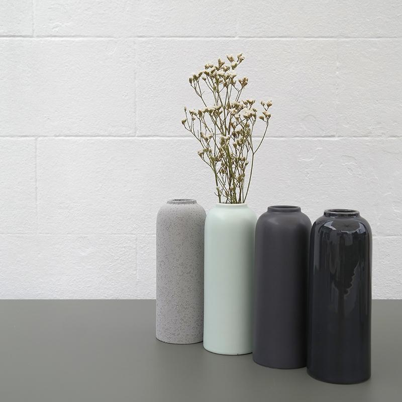 Décoration intérieur avec 4 coloris du vase Callune.