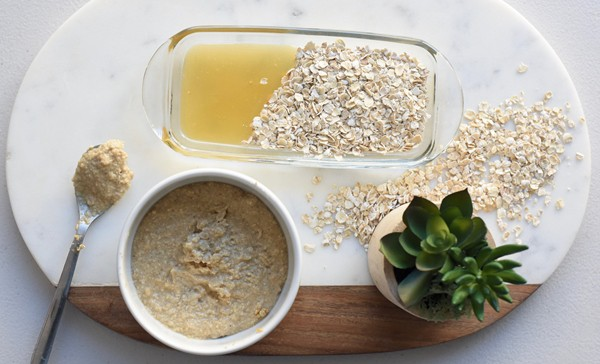 Oatmeal and Honey Scrub
