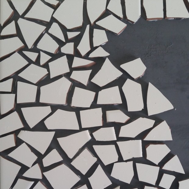 dresser-mosaic-tile