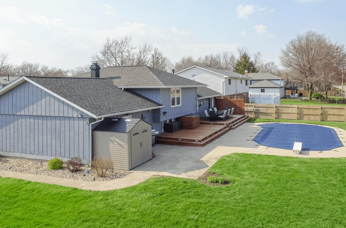 1122 Andover Rd. Bloomington, IL 61704