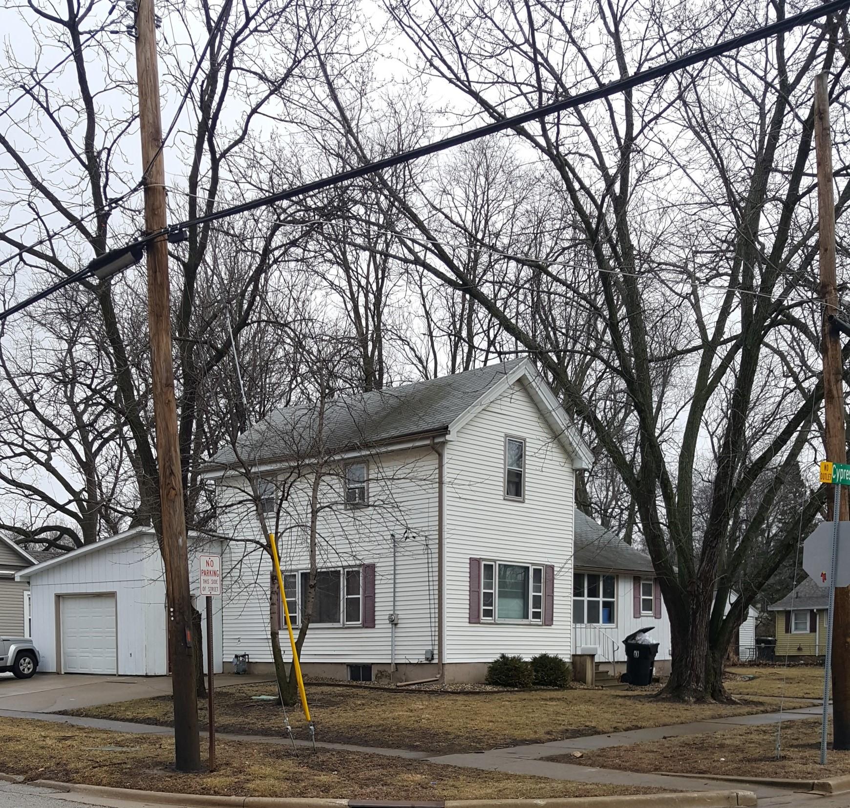 116 W Cypress, Normal, IL 61761 – SOLD