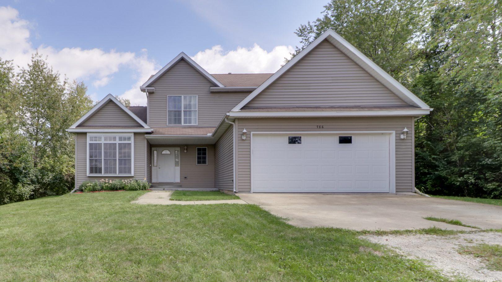786 Kickapoo Drive, Danvers, IL 61732 – SOLD!