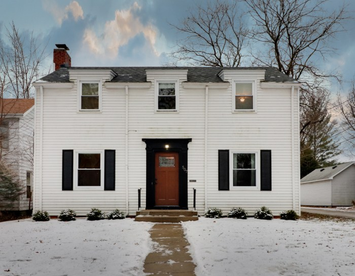 507 E Chestnut St., Blm- SOLD