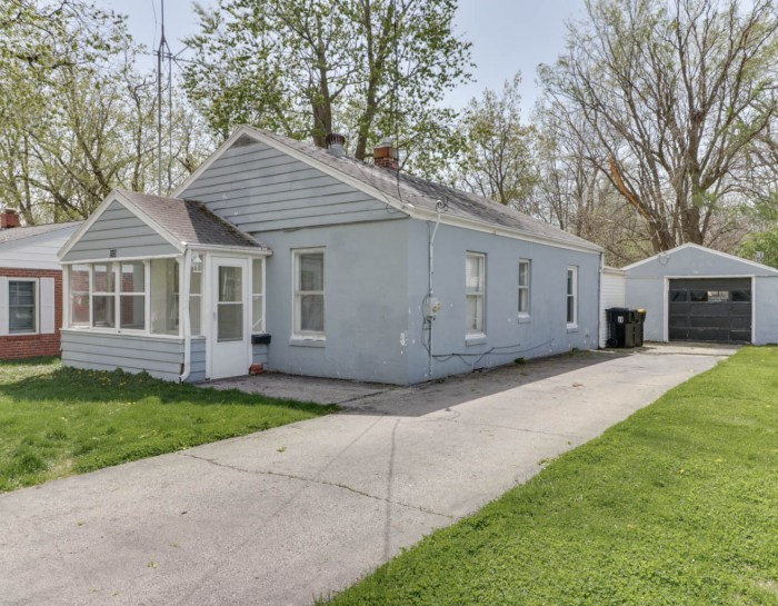 113 N. Coolidge St, Normal, IL 61761-SOLD!