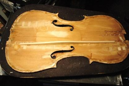 Inside-001-violin-corner-repair