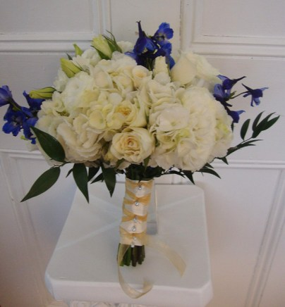 whitewithpurpletouchbouquet