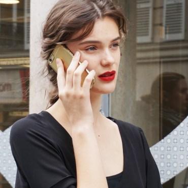 Model - Red lips