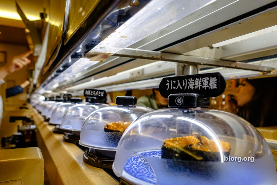 Kura Sushi: Amazing Conveyor Belt Sushi For 100JPY