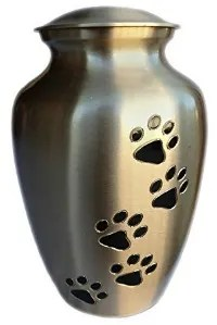 Pet Memorial Gifts and Ideas to Help You Say Goodbye to a Dog or Cat