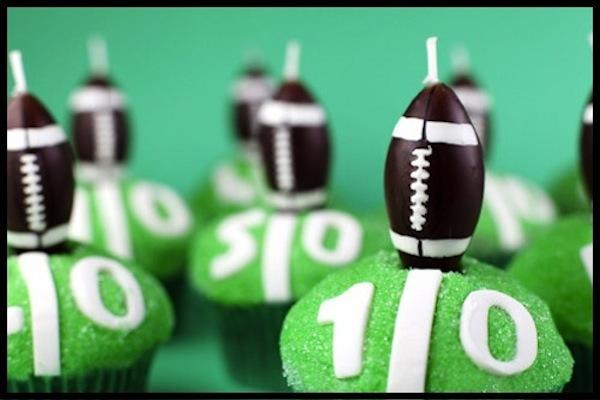 Football Idea of The Day: Football Cupcakes