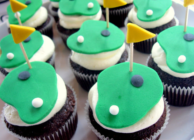putting green cupcakes for a golf party
