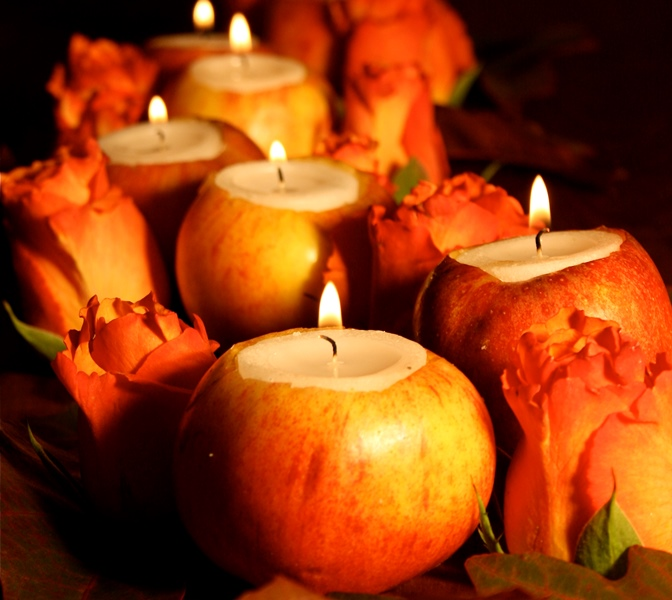 https://i1.wp.com/blovelyevents.com/wp-content/uploads/2013/09/Apples-candles-for-Fall.jpg