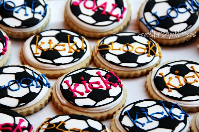 These soccer cookeis rock for a soccer party!