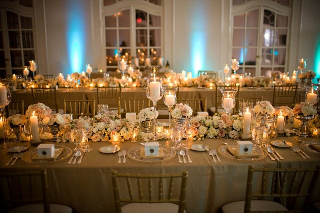 gold wedding reception tablescapes
