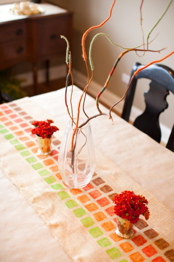 Cute DIY yarn wrapped branches for Thanksgiving