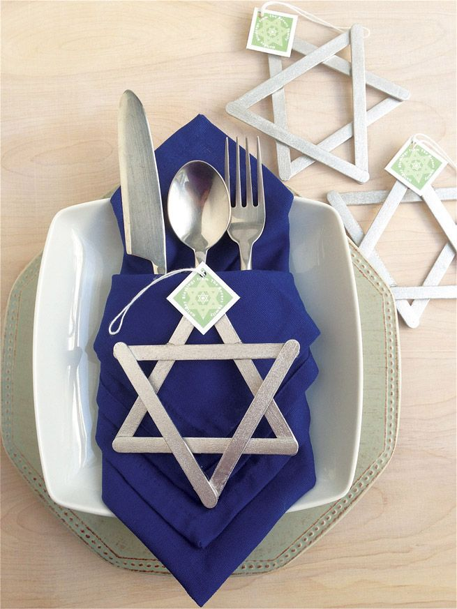 DIY Star Of David Hanukkah Decorations!