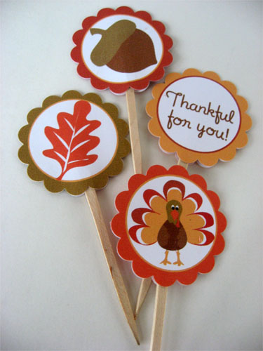 Free Thanksgiving cupcake Toppers