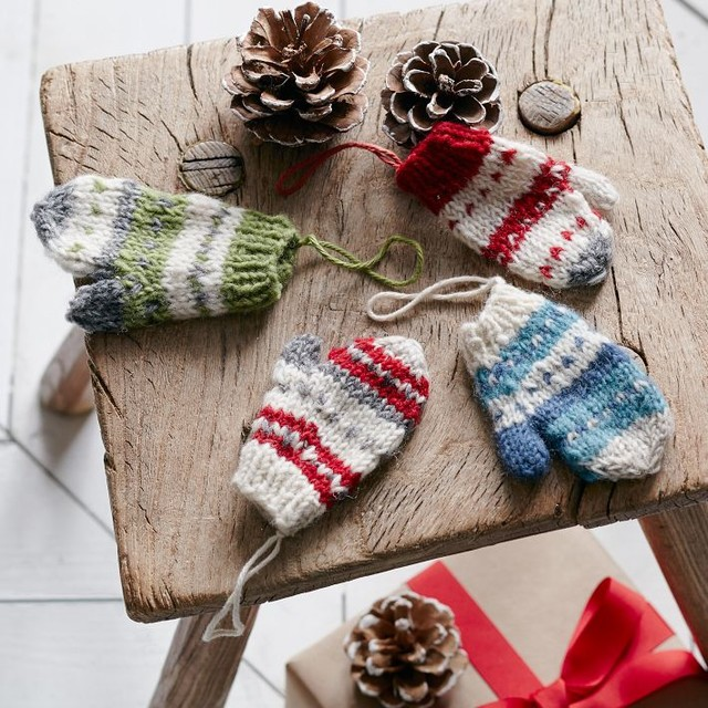 Knitted Mittens For Christmas