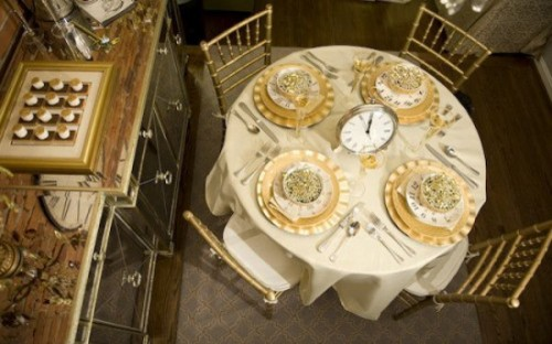 Love these clock centerpieces for New Years eve