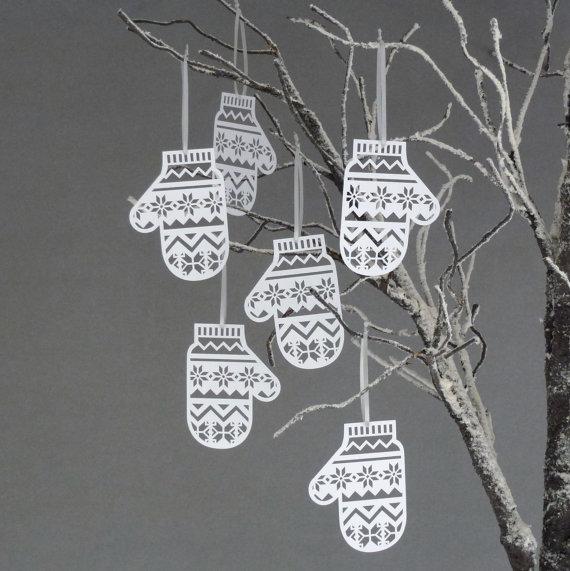 Paper Mitten decorations