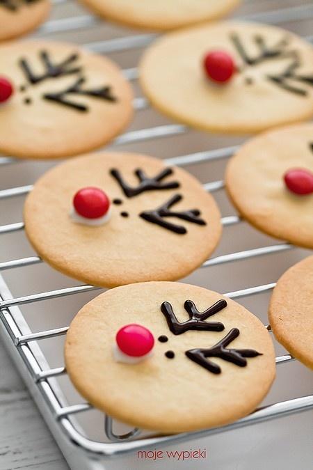 The reindeer cookies are too cute!