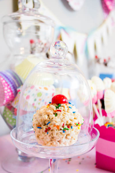 Cute cupcake rice crispie! B. Lovely Events