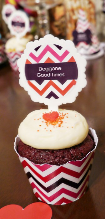 Cute dog party Cupcake- B. Lovely Events